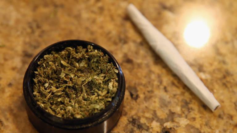 Legalizar marhuana
